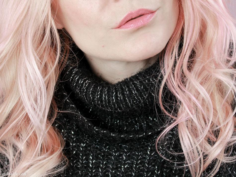 Couleur de cheveux blond fraise